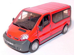 Renault Trafic Mini Bus